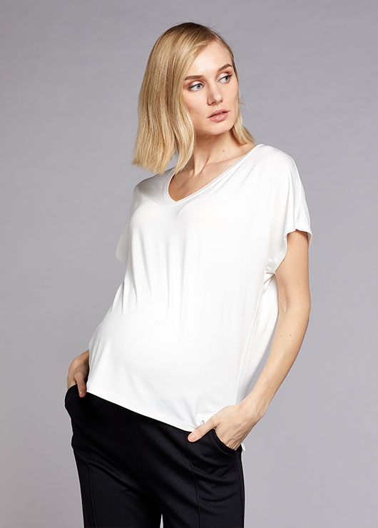 - Maternity T-shirt Devi